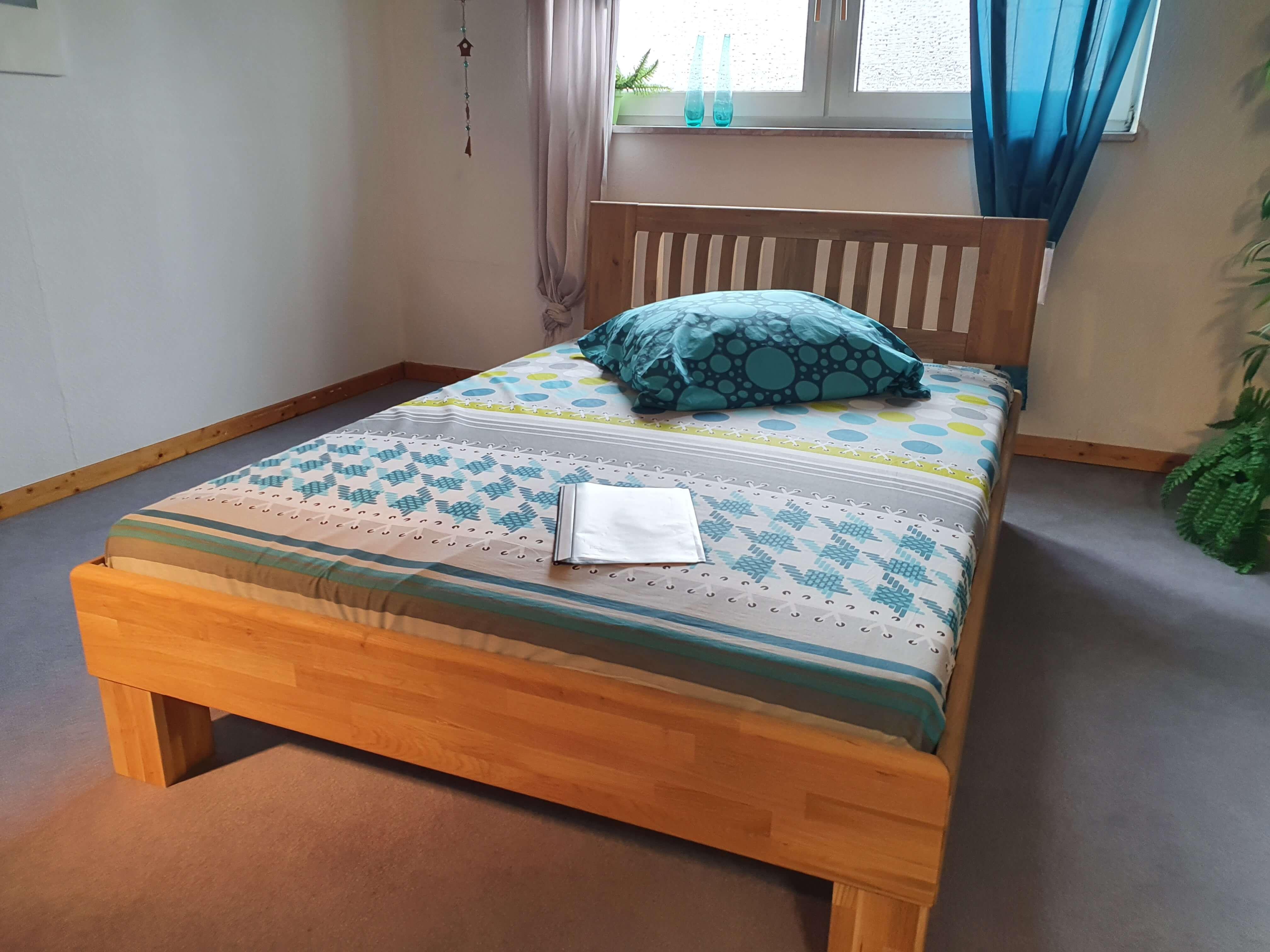 AVANTGARDE  Bett    Wildeiche massiv   Liegefläche 140 x 200 cm