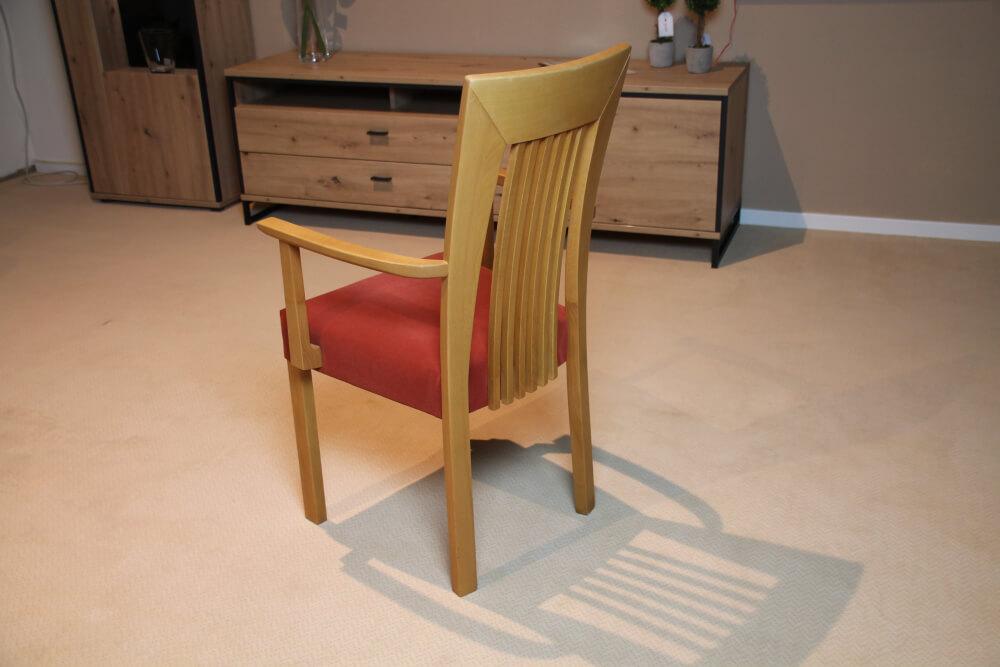 4-Friends - 4-Fuß Stuhl Buche mit Armlehne