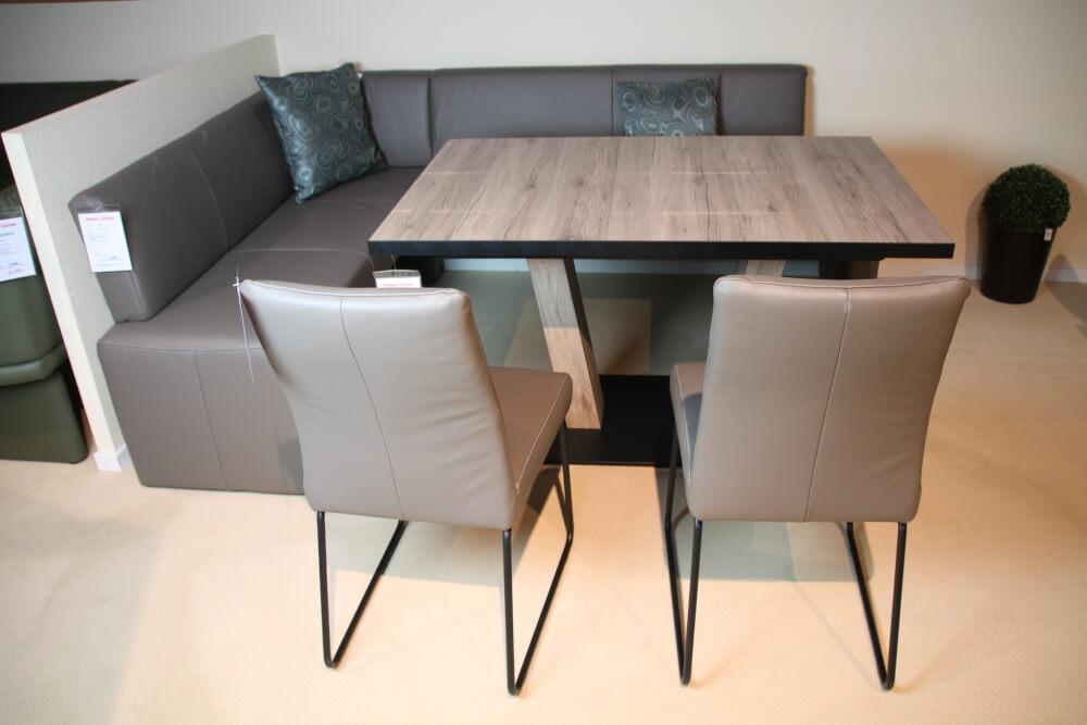 Essgruppe ESCAPE - Eckbank + Tisch + Stühle in Leder