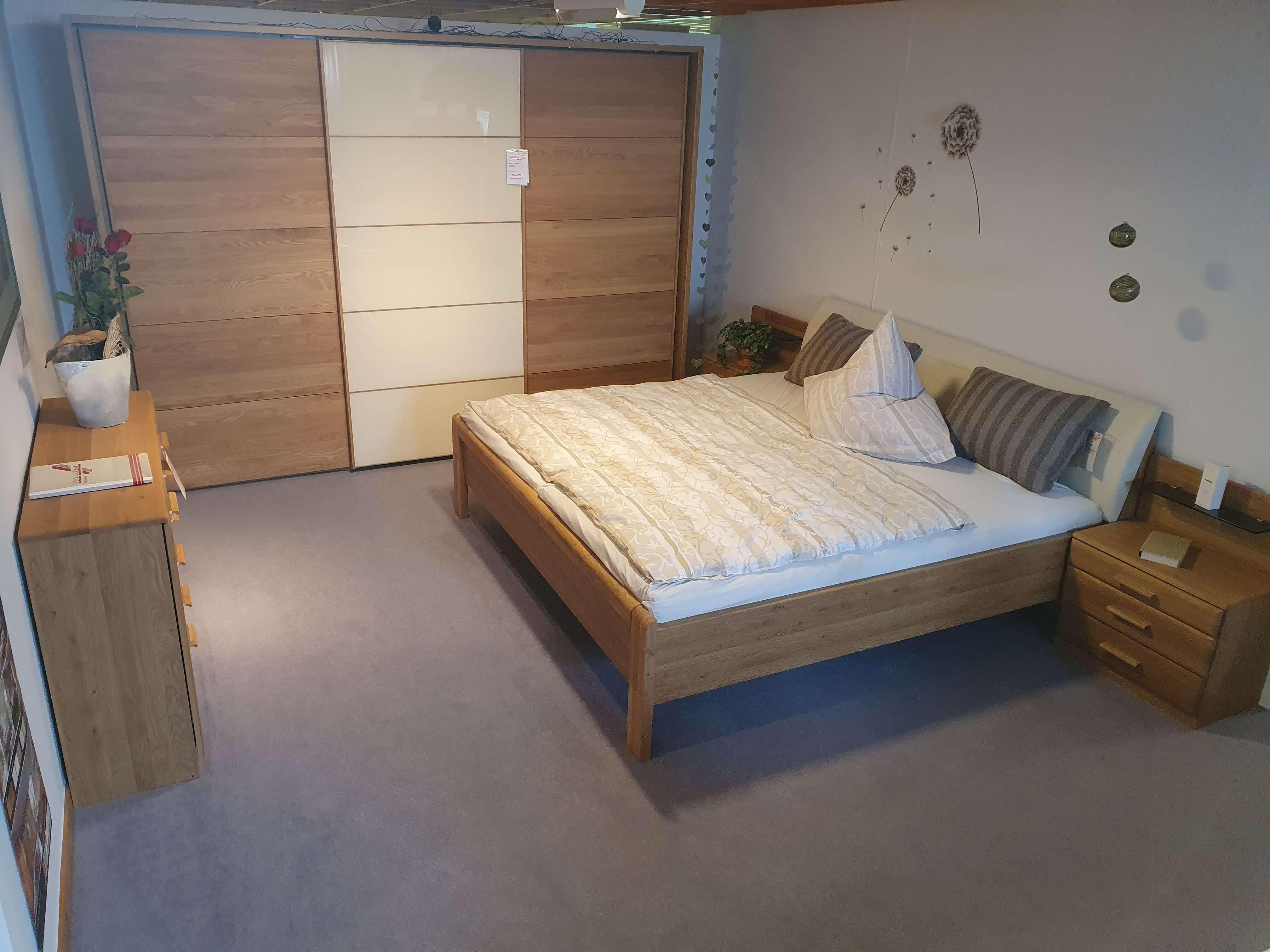 TOLEDO  421 Schlafzimmer  Eiche teilmassiv Schwebetürenschrank Bett Nachtkonsolen