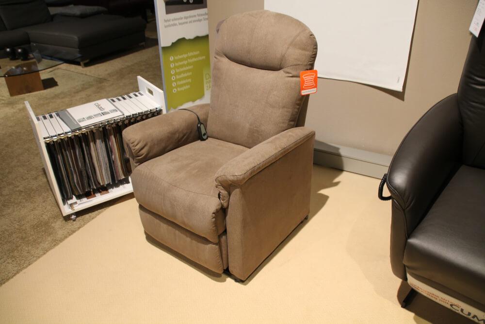 Daniel - TV Sessel mit Aufstehhilfe in Microfaser