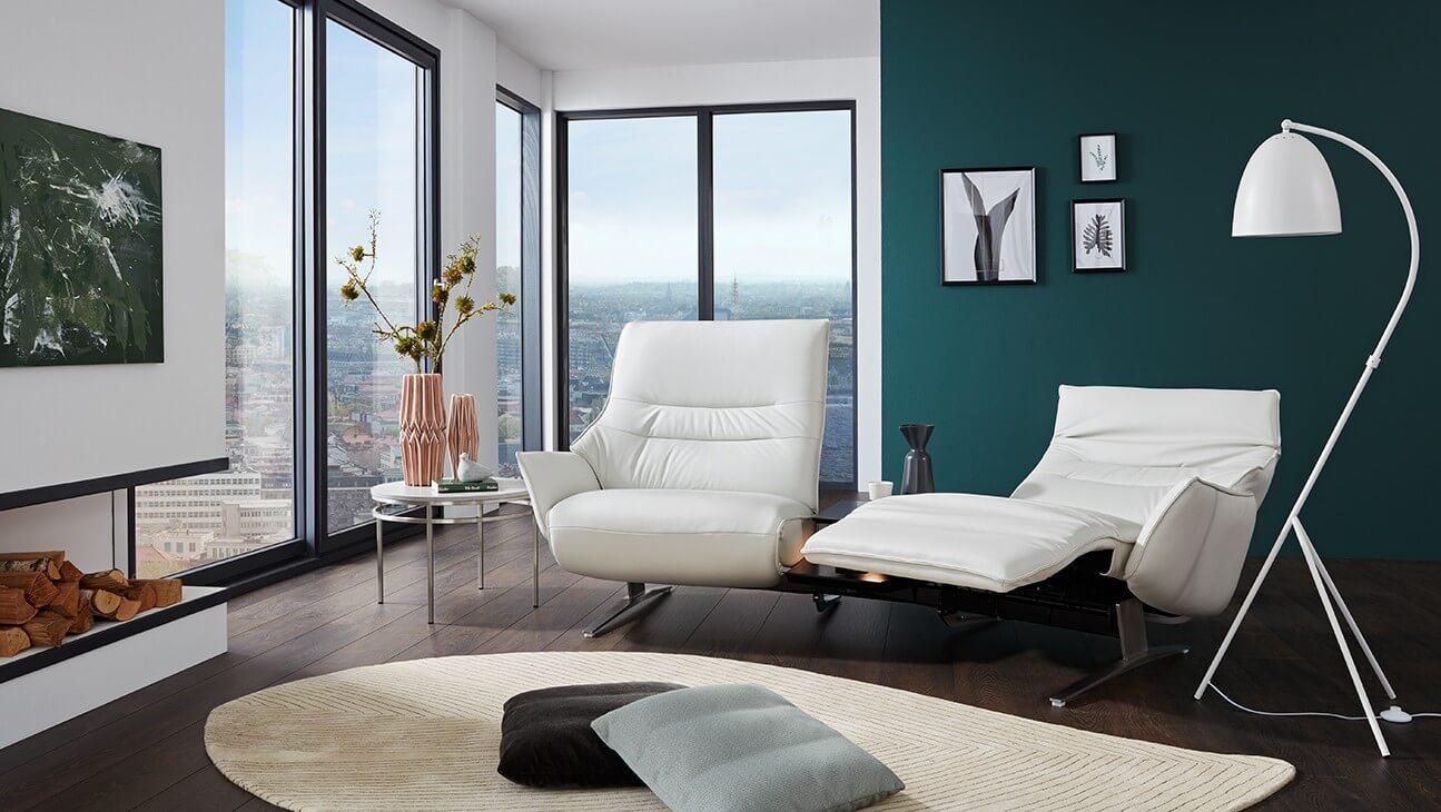 4905 Lounger Sofa