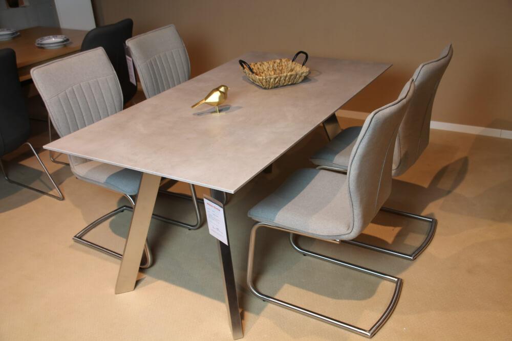 Corso -  Tisch-System