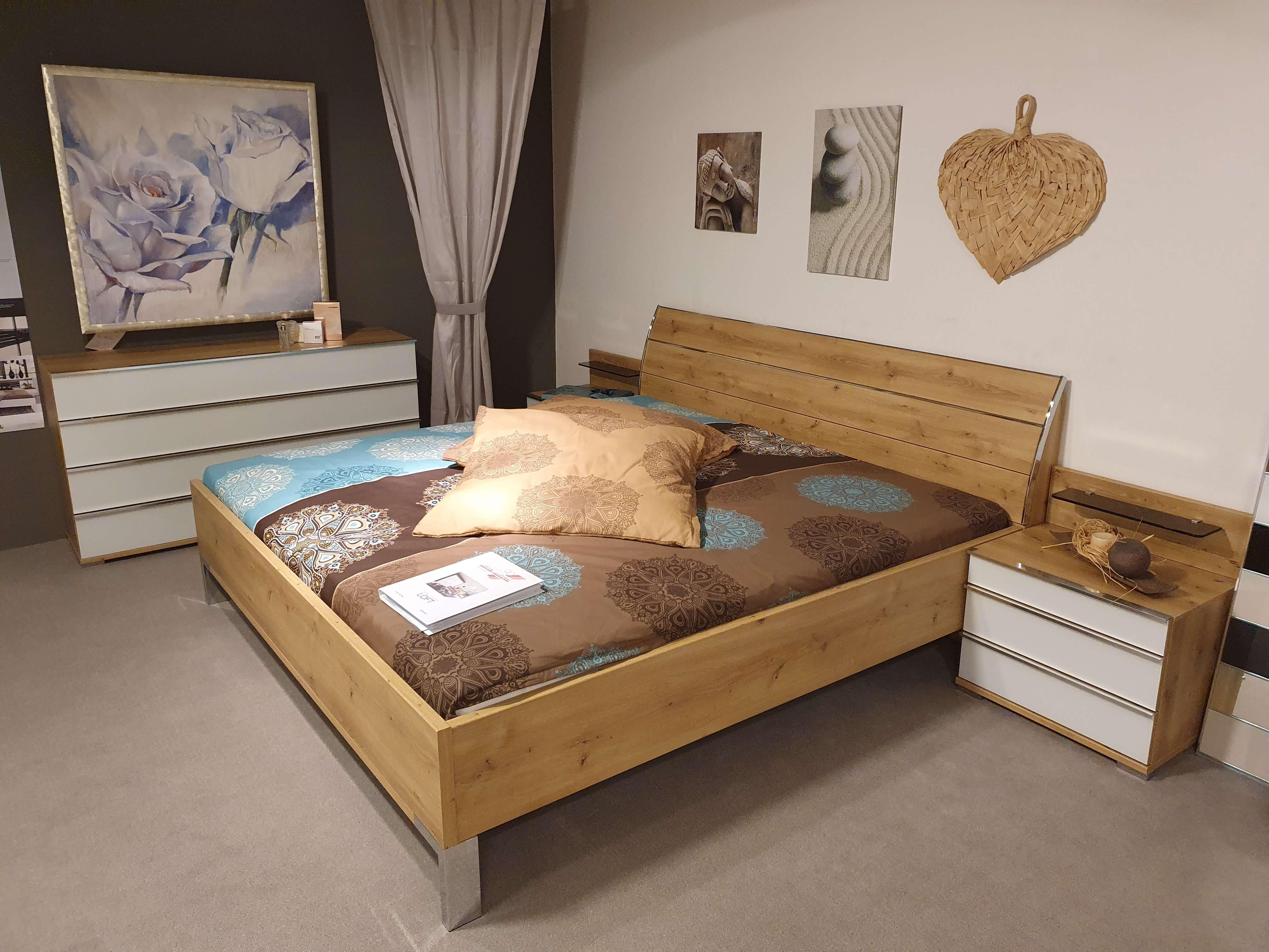 LOFT Schlafzimmer Glas weiß, Bianco Eiche Nachbildung, Kleiderschrank, Bett