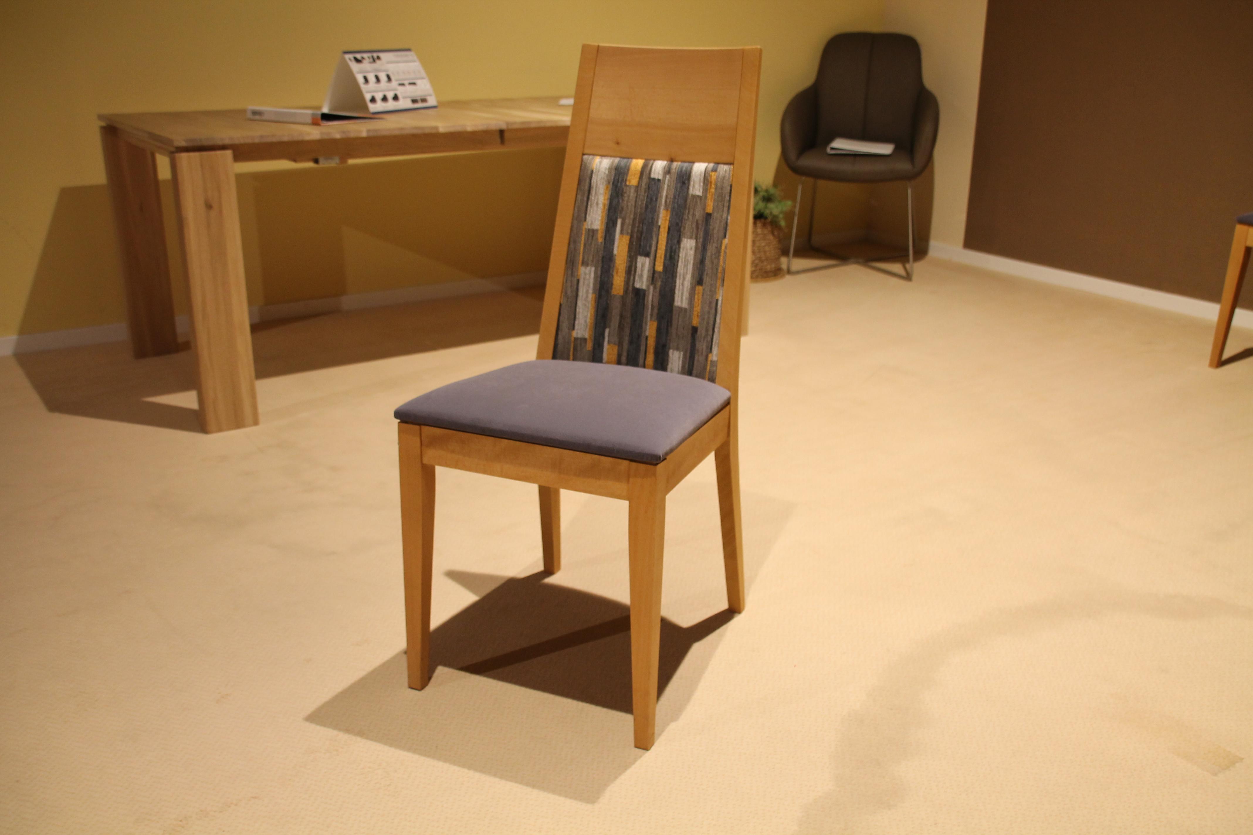 S18 - Stuhl 4-Fuß ohne Armlehne